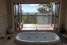 Wind Spirit Spa Bath